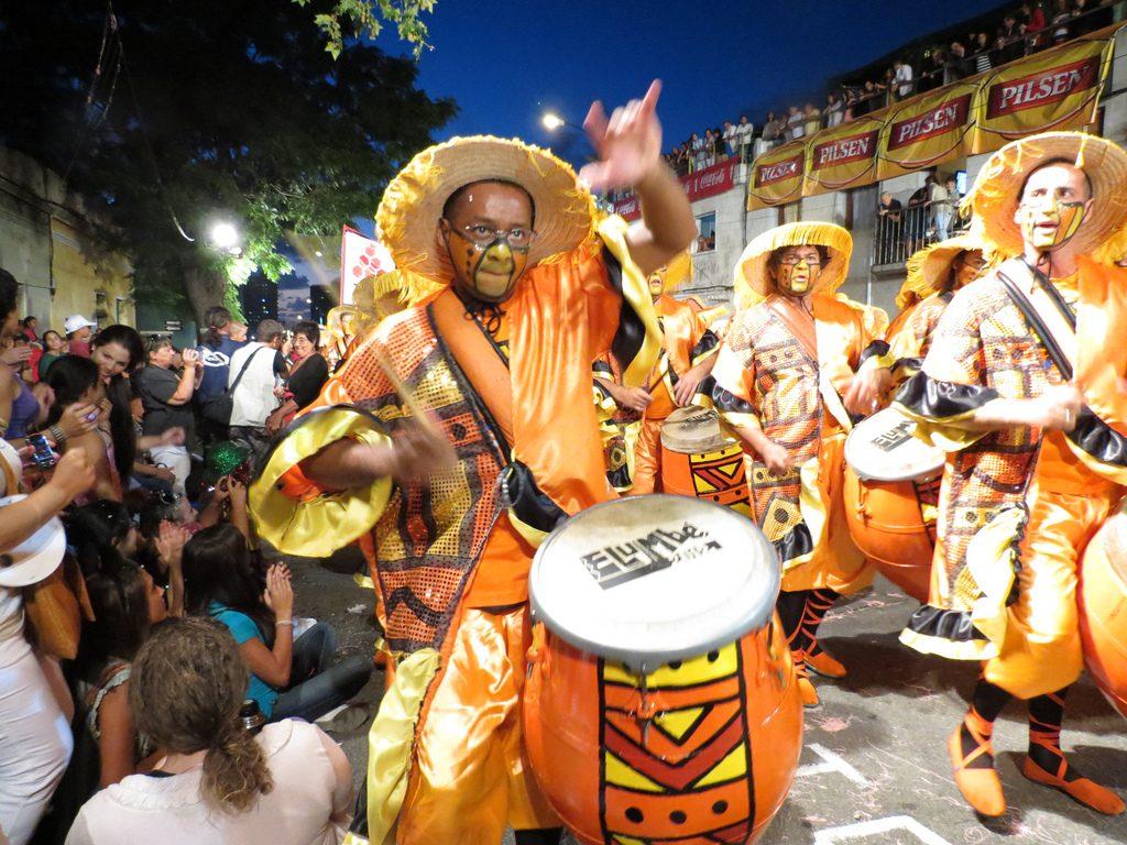Como a América Latina festeja o Carnaval