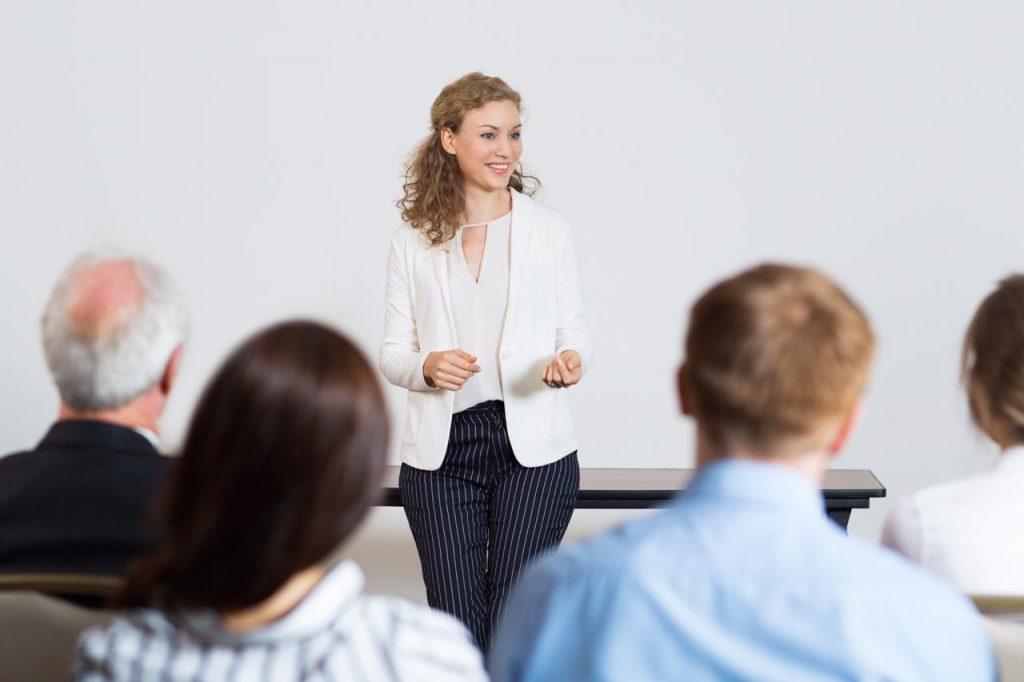 Como se preparar para uma apresentação em inglês